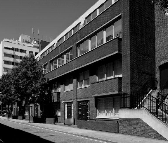 27-33 Robert Adam Street
